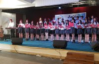 Auftritt des Jugendchors Monastir